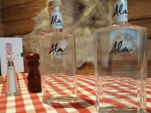 Alm Wodka und Gin